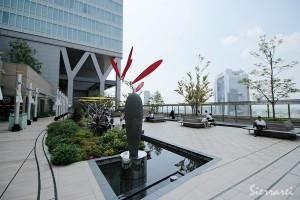 大阪ステーションシティー 風の広場
